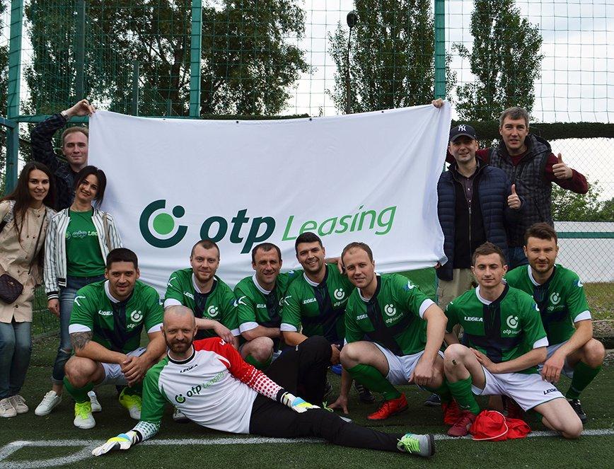 Футбольна команда ОТП Лізинг зайняла 2 місце у чемпіонаті OTP Group